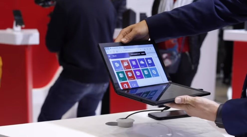Lenovo's Foldable PC preview at Tech World 2019